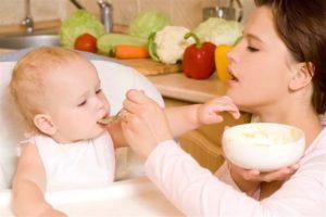 Как давать прикорм малышу