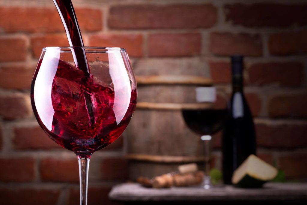 Как выбрать в магазине хорошее вино