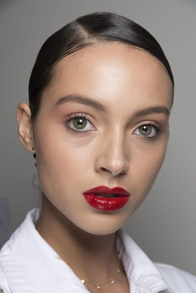 Модный макияж 2020 года помада
