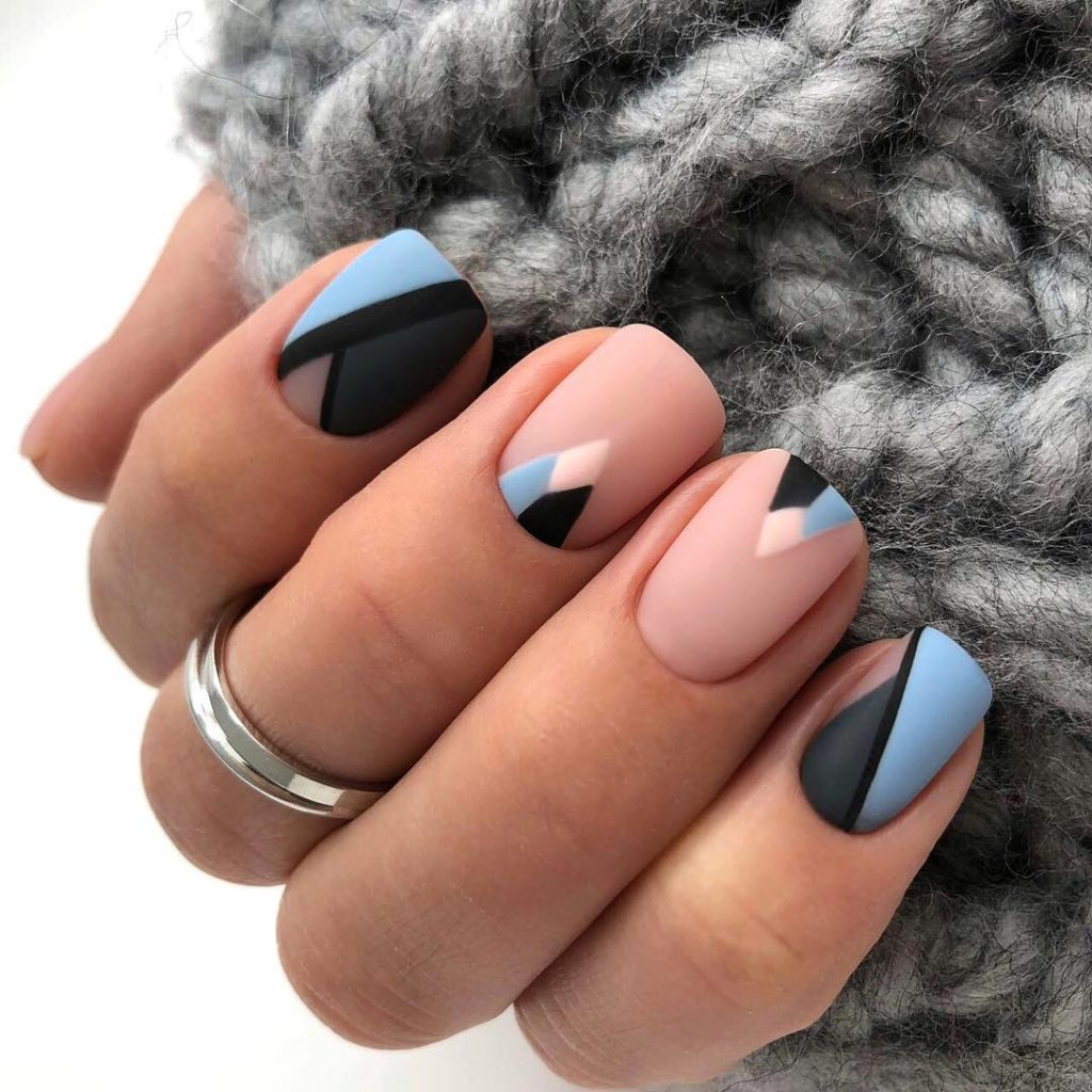 Ногти матовый дизайн