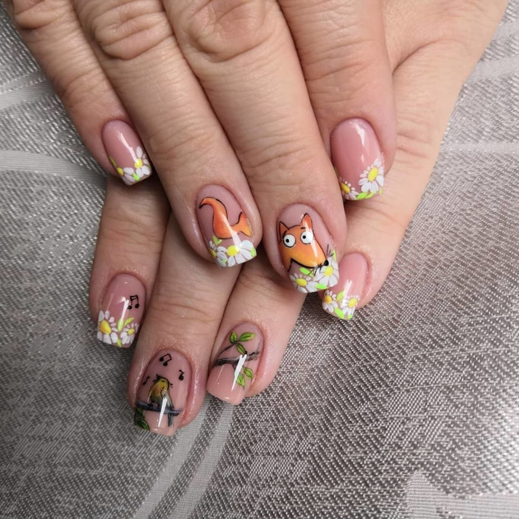 Ногти с рисунком животных