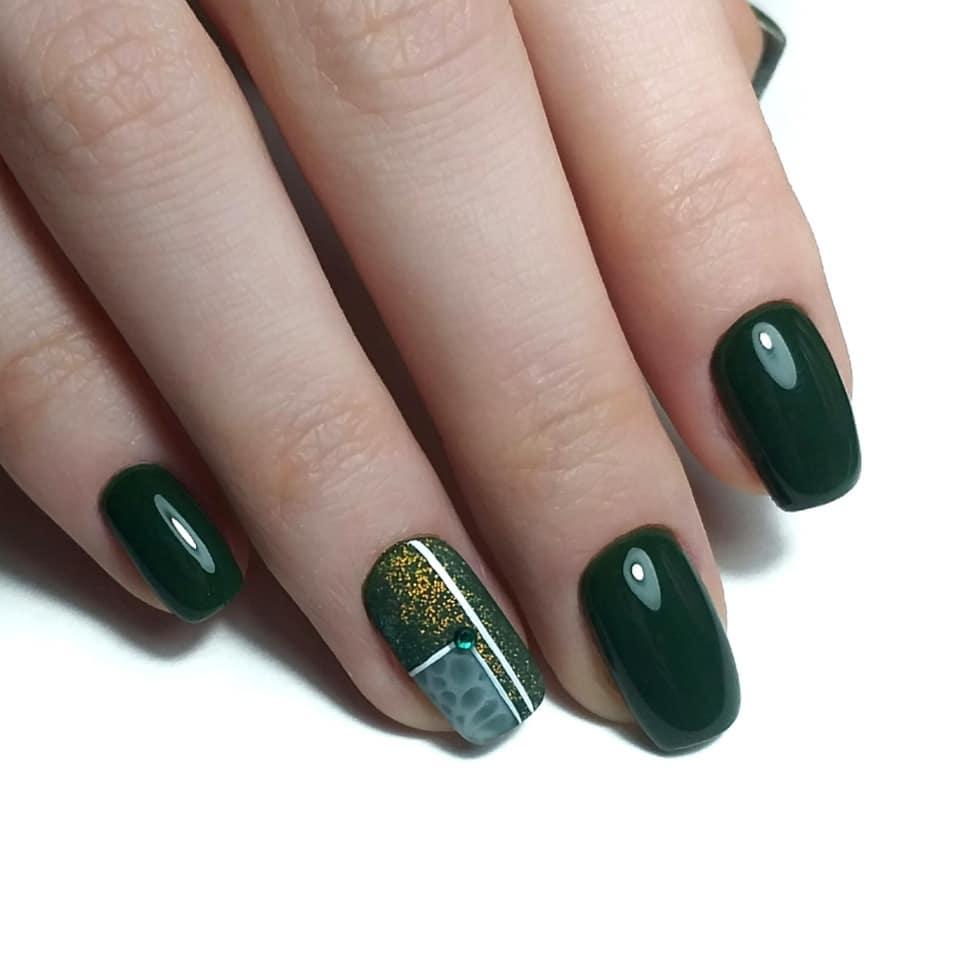 Ногти зеленый гель-лак