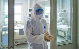 Ученые отодвинули сроки завершения пандемии в России на конец августа